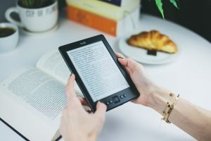 Best eReader for reading in sunlight 300x200 - Best eReader for reading in sunlight